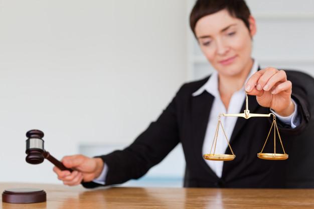 Pourquoi faire appel à un huissier de justice?