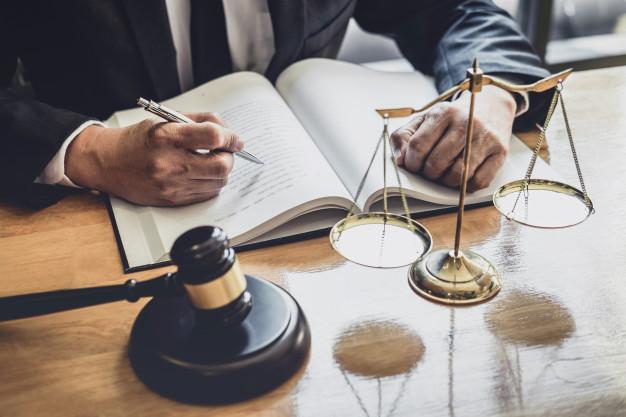 Le droit des justiciables face à l'administration