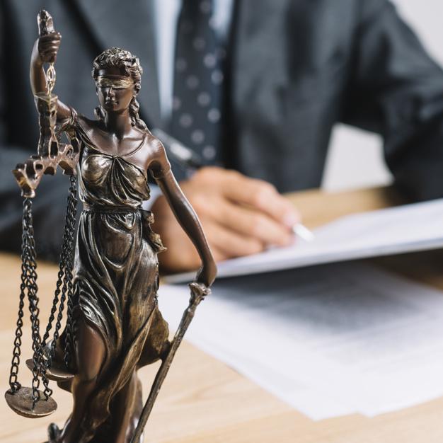 Les meilleurs profils pour un avocat pénaliste